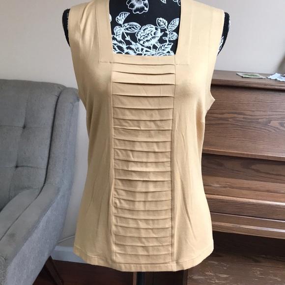 ce2d15971de A-K-R-I-S Tops - A-K-R-I-S punto bergdorf Goodman blouse. sainaluv